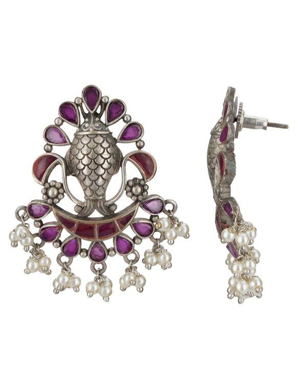 Fish engraved beaded earrings 1