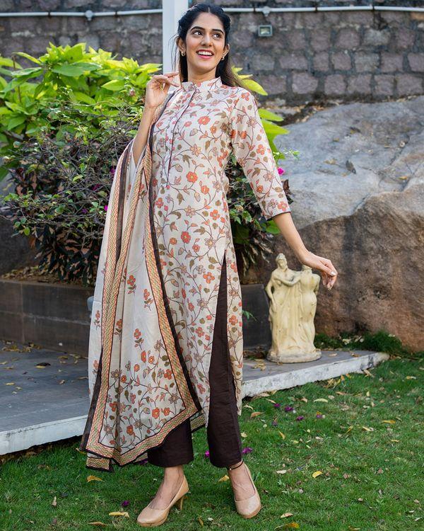 Beige and brown floral printed mandarin kurta with dupatta - set of two 2