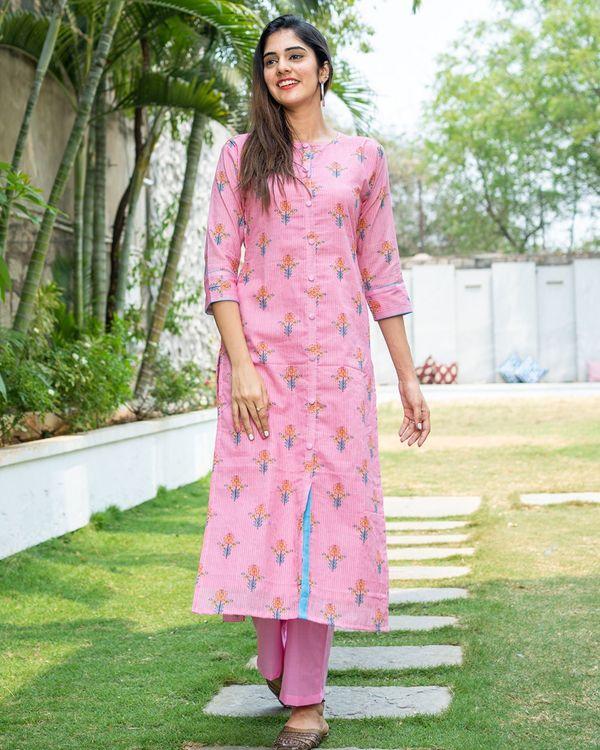 Pink kantha floral kurta with yellow dupatta - set of two 3