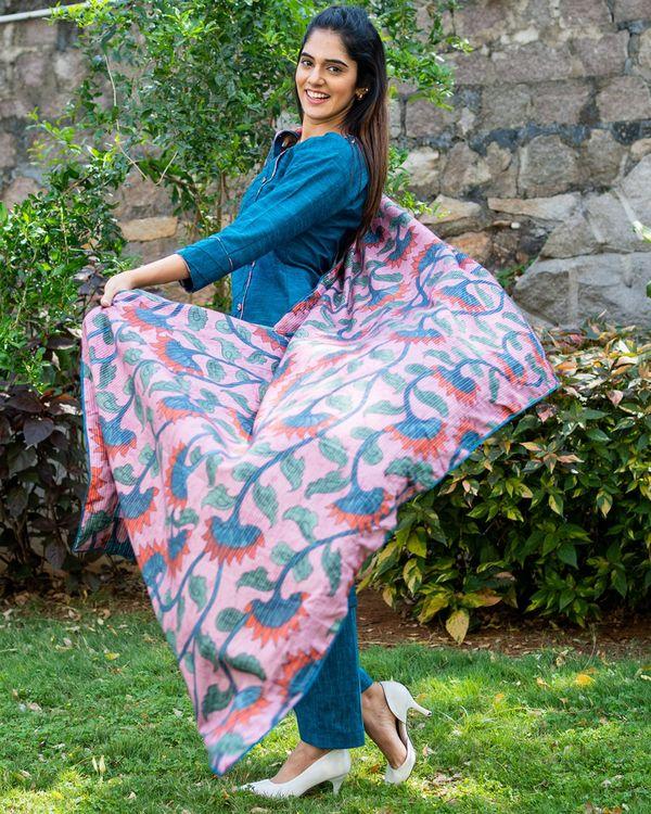 Peacock blue kurta and pants with printed kalamkari dupatta - set of three 4