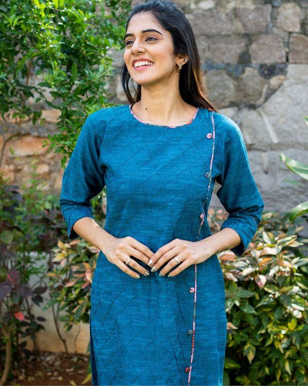 Peacock blue kurta and pants with printed kalamkari dupatta - set of three 1