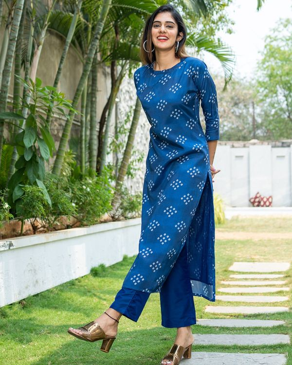 Blue bandhini kurta with organza dupatta - set of two 2