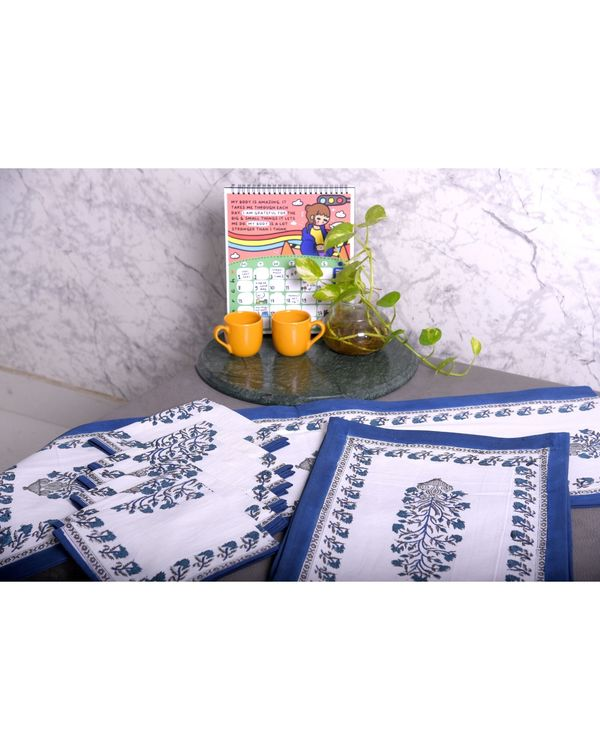 White and blue floral printed table runner, table mats and napkins - set of 13 1