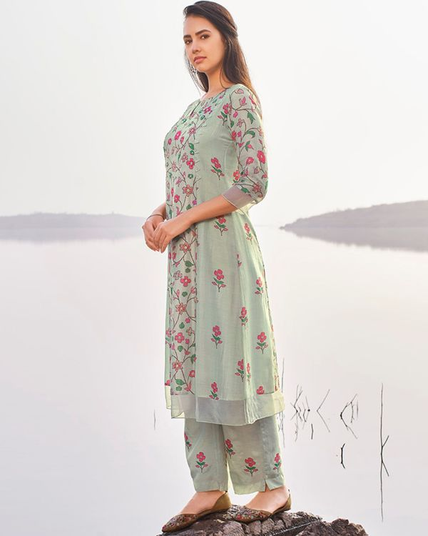 Pastel blue floral printed and embroidered kurta with pants - set of two 2