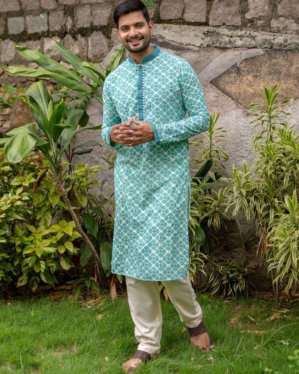 Bluish green printed kurta and off white pants - set of two 3