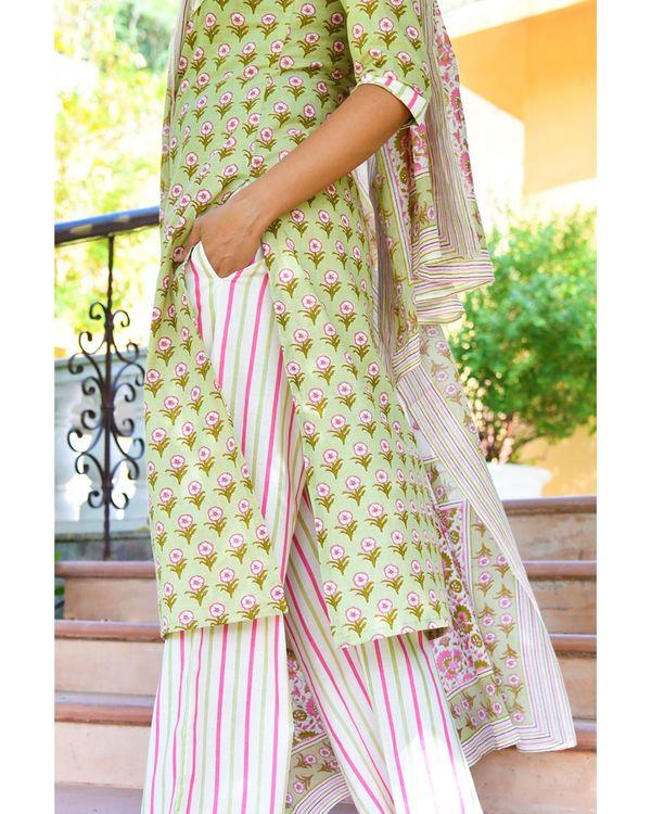 Pista green buti stripe kurta with pants and dupatta - set of three 2