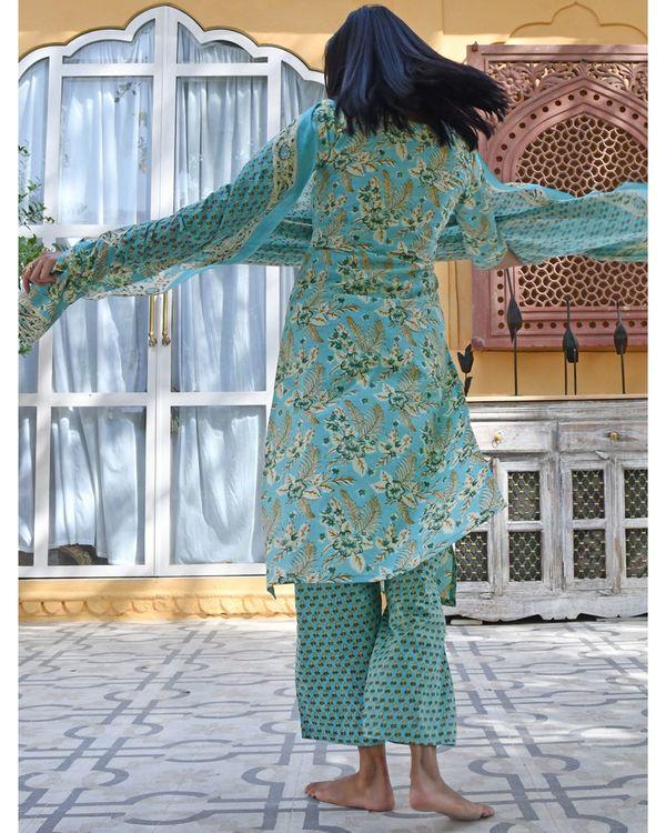 Sky blue buti stripe kurta with pants and dupatta - set of three 3