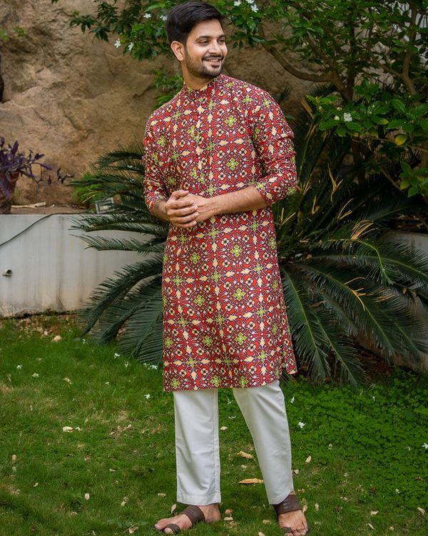 Red patola printed kurta with white pyjama - set of 2 1