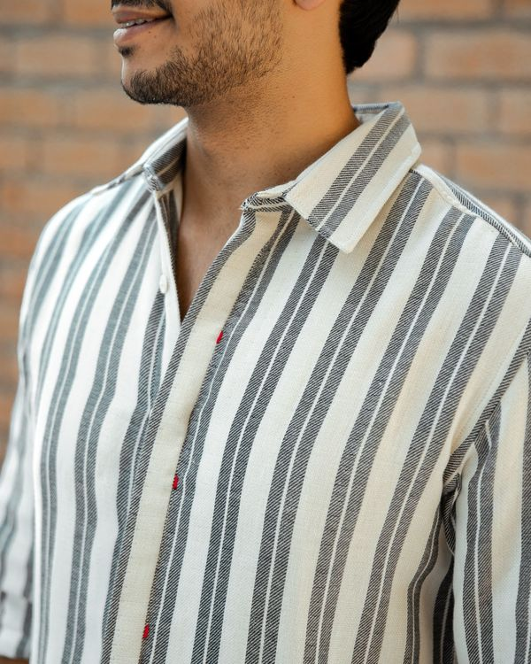 Grey double striped shirt 3