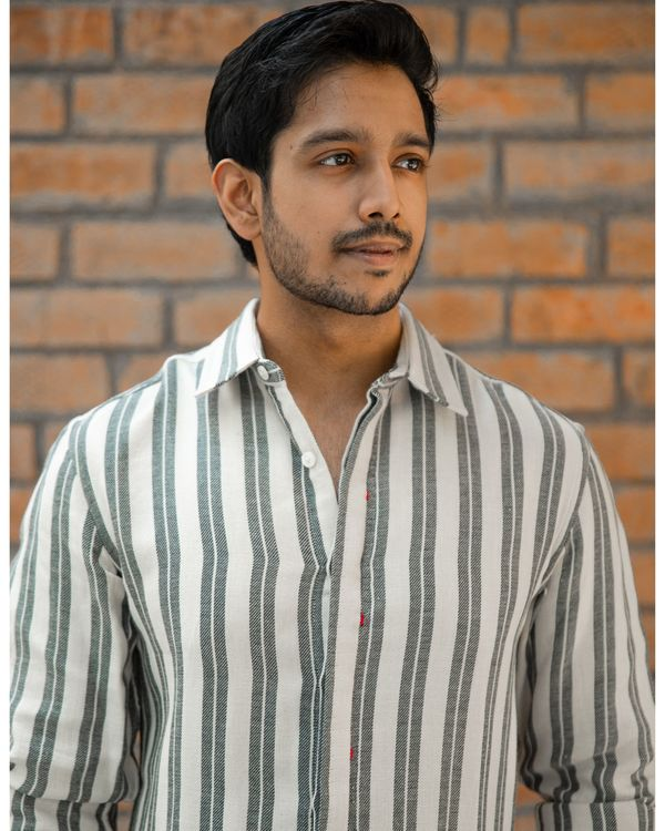 Grey double striped shirt 2