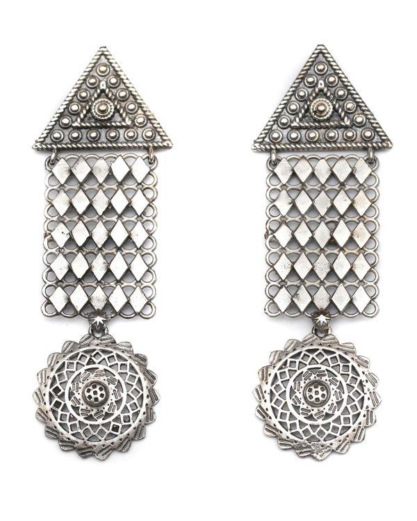 Geometric drop down jaal necklace & earrings - set of two 2