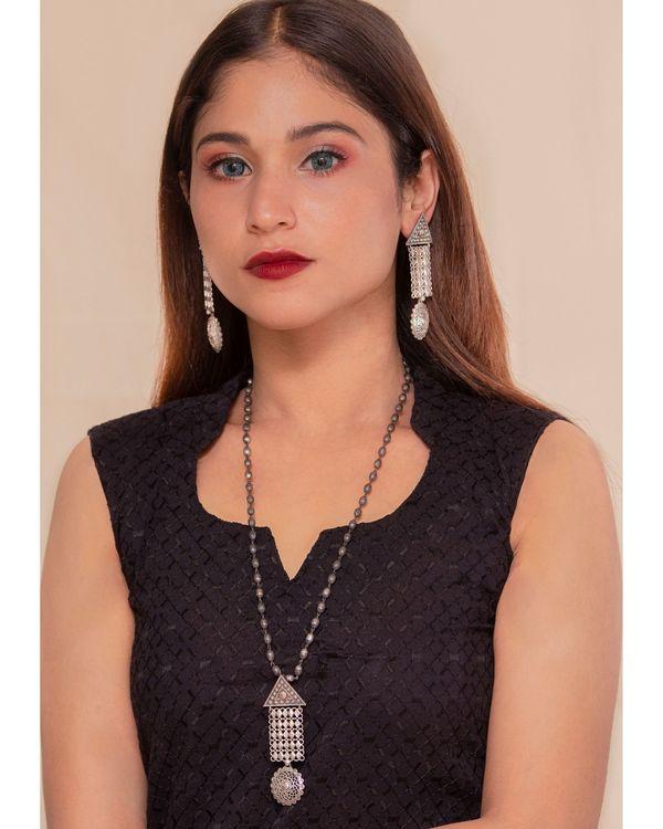 Geometric drop down jaal necklace & earrings - set of two 1