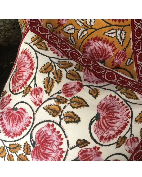 Red and white floral hand block printed cushion cover - set of two 1