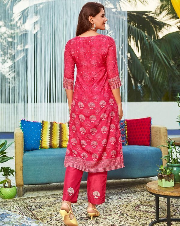 Pink digital printed embroidered kurta 1