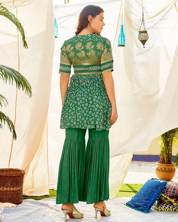 Green linen georgette kurta and sharara - set of two 2