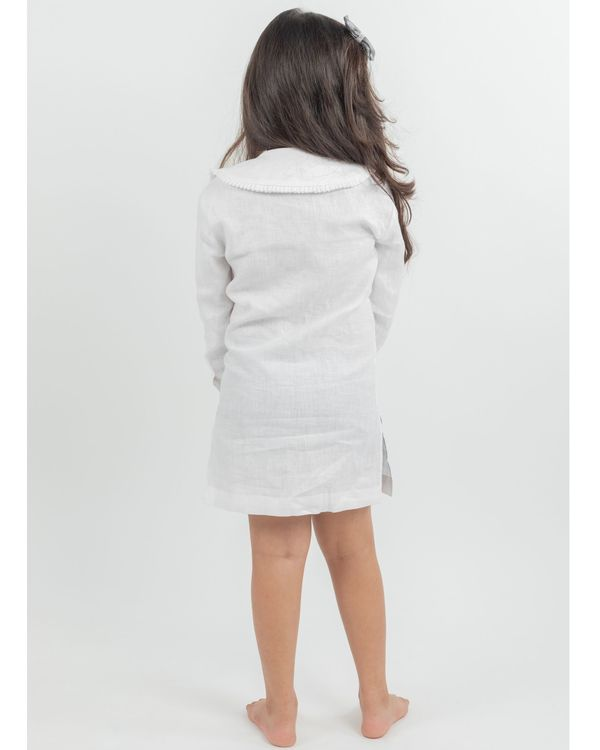 White linen peter pan collar dress 2