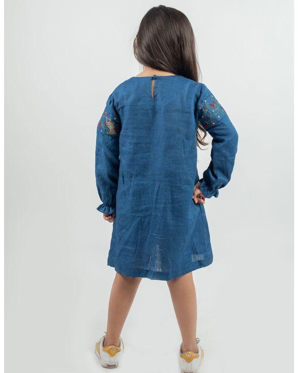 Blue linen embroiderey patch dress 2