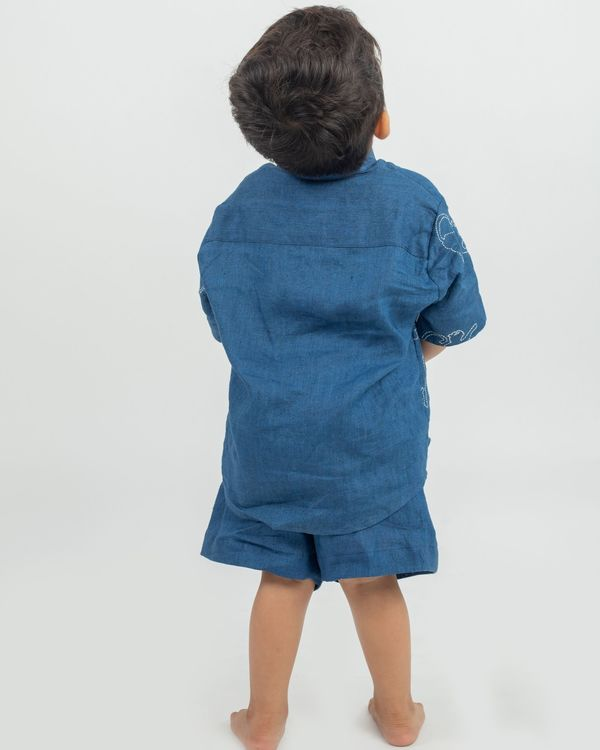 Blue animal hand embroidered shirt and shorts with bucket hat - set of three 2