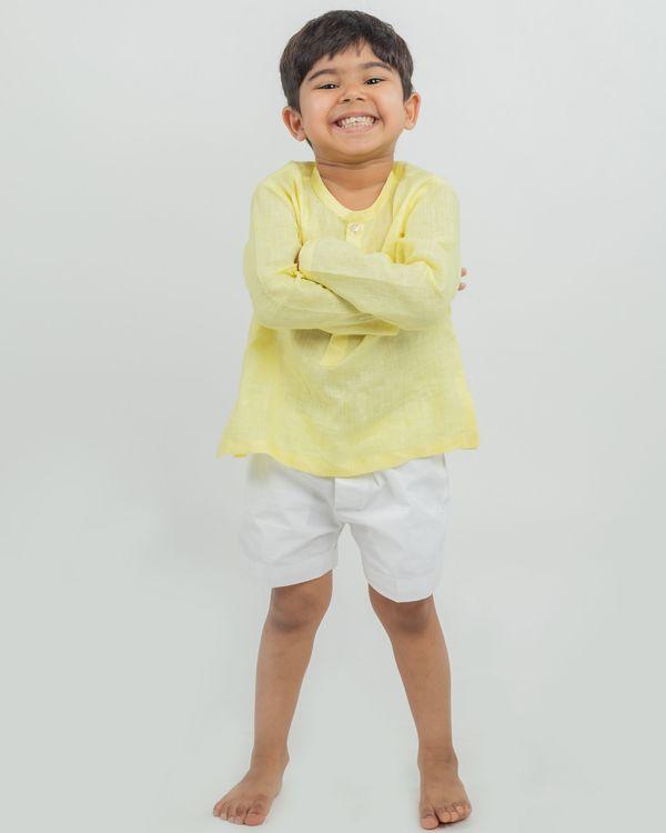 Yellow linen kurta and white shorts - set of two 1