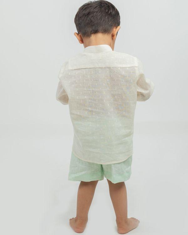 Cream yoke kurta and mint linen shorts - set of two 2