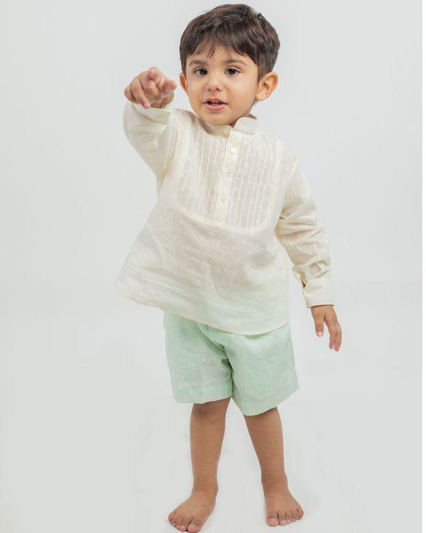 Cream yoke kurta and mint linen shorts - set of two 1