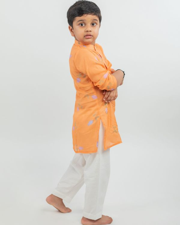 Orange digital printed hand work kurta and white pyjama - set of two 1