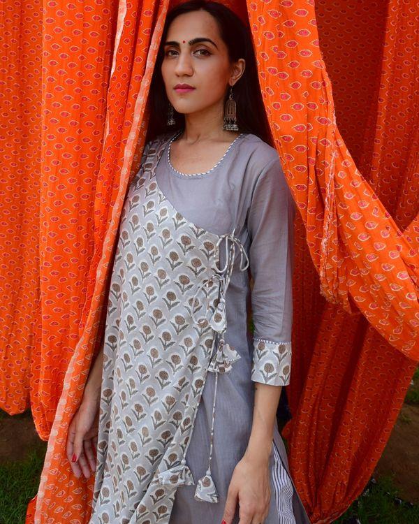 Grey hand block printed angrakha kurta and pants - set of two 3