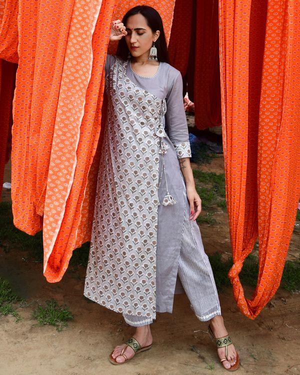 Grey hand block printed angrakha kurta and pants - set of two 2