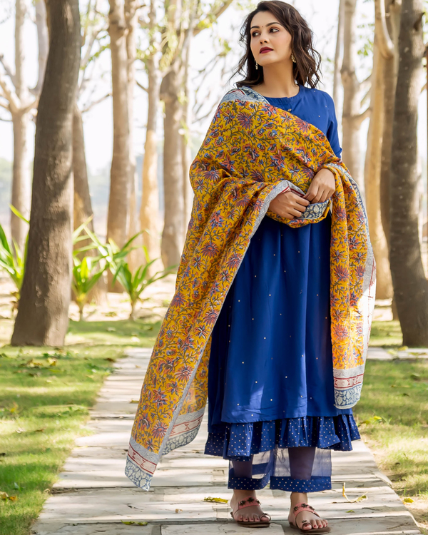 Azure blue embroidered and layered suit set - set of three 2
