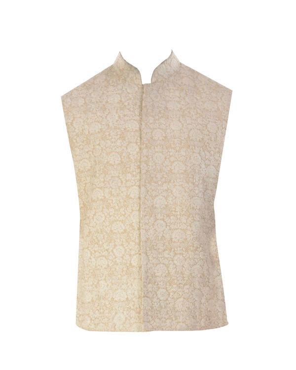 Cream dori embroidery jacket 3