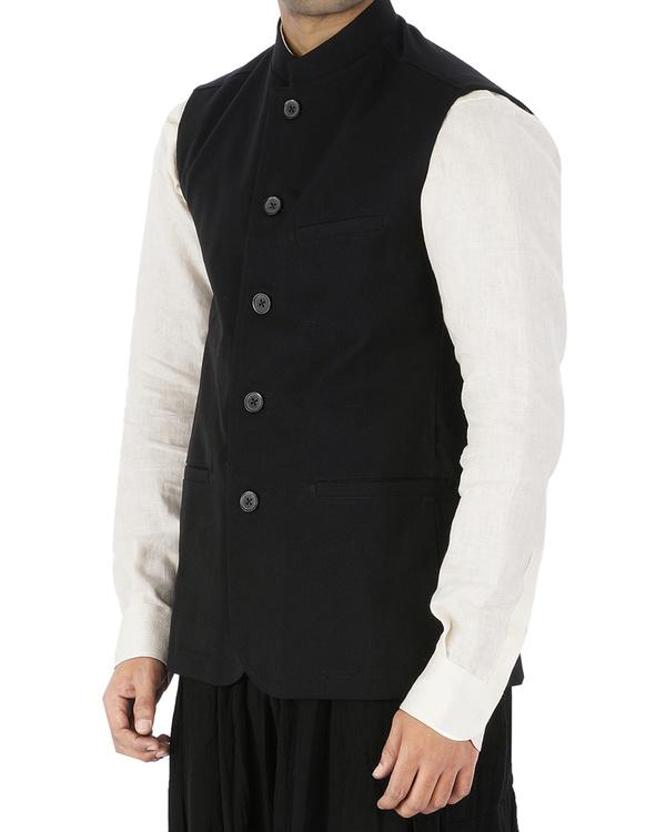 Black sleeveless jacket 2