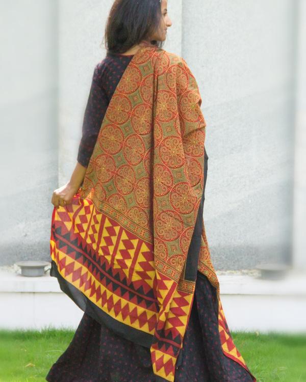 Black angrakha tunic with dupatta 2