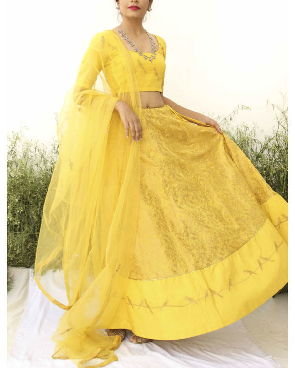 Yellow Banarasi Print lehenga set 3