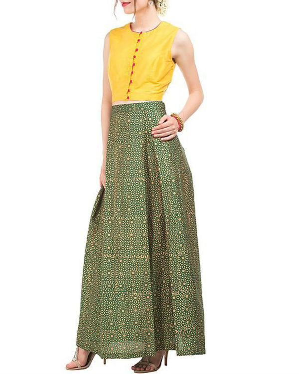 Yellow crop top and green skirt with block prints 3