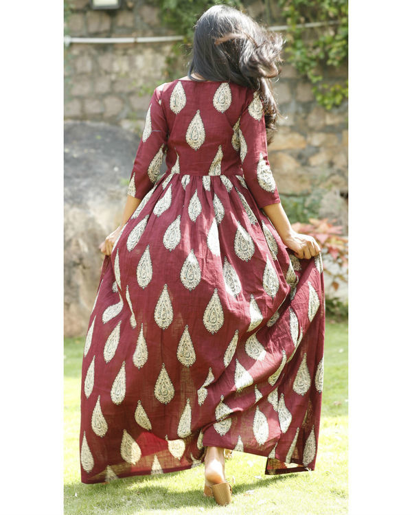 Maroon cotton flared cape 4