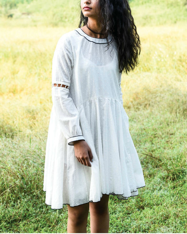 Ivory dago flared dress 2