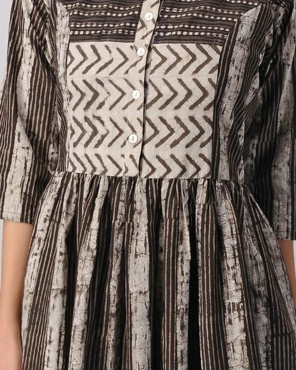 Pattern panelled dress 1