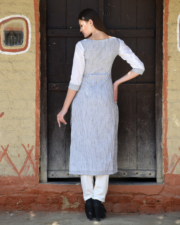White and grey printed kurta with pants 2